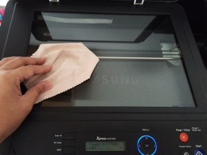 Wiping scanner with microfiber cloth